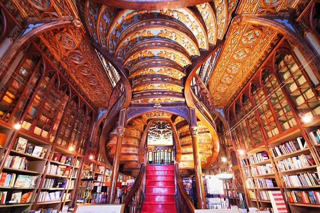 livraria-lello-porto library